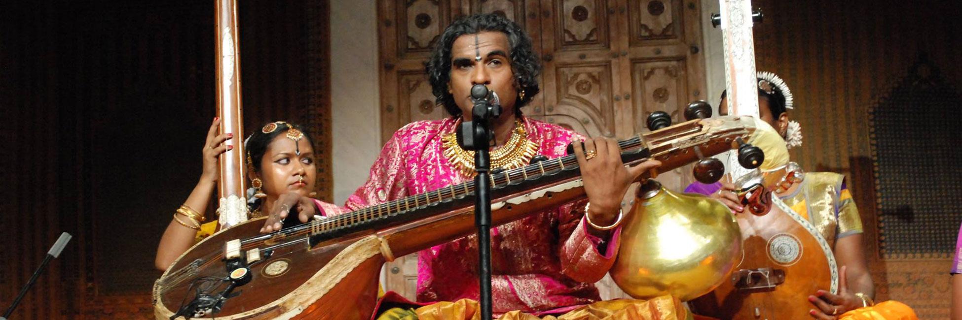 Raghunath Manet - Musique/Danse traditionnelles de l'Inde du Sud